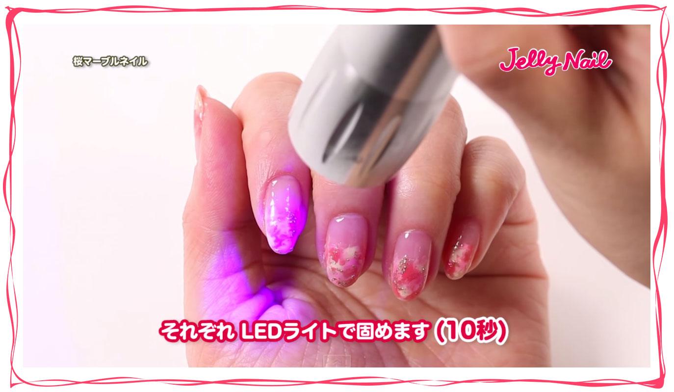 桜マーブルネイル